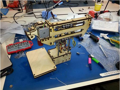 Може ли да си направим 3д принтер в домашни условия ?