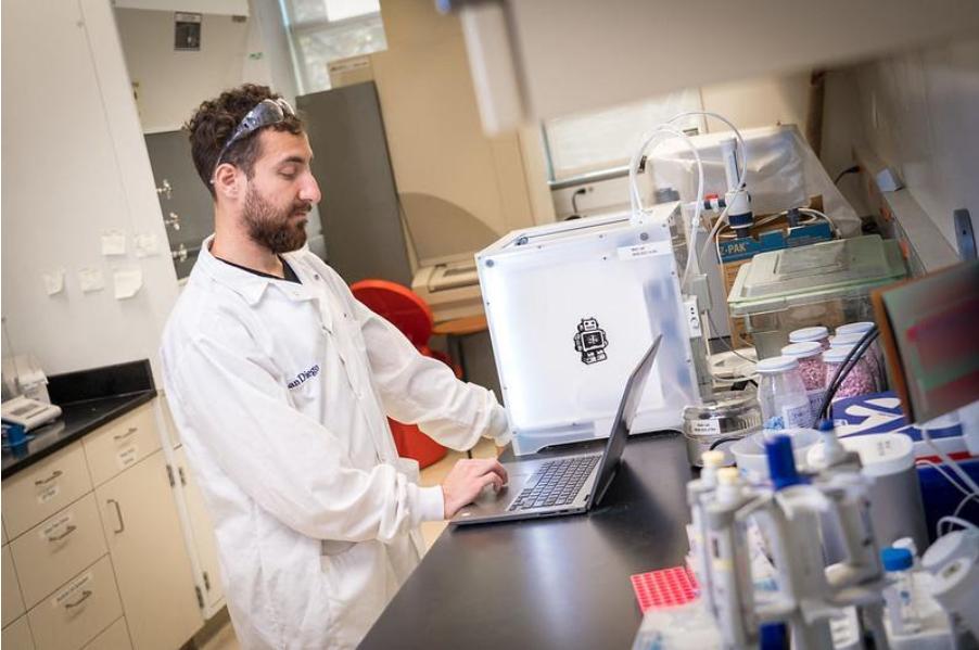 Какво представлява 3D биопринтирането?